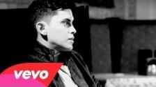 Alacranes Musical 'Besos De Fuego' music video