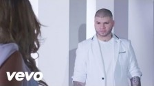 Farruko 'Lejos De Aquí' music video