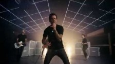 Simple Plan 'Boom' music video
