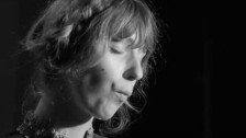 Molly Lewis 'Gluck Melodie' music video