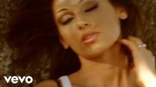 Anna Tatangelo 'Averti Qui' music video