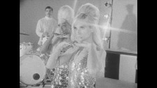Natalie Bergman 'Shine Your Light On Me' music video