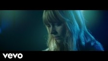 Lucy Rose 'Floral Dresses' music video