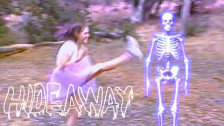 Magdalena Bay 'Hideaway' music video