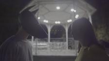 Zala Kralj & Gašper Šantl 'Valovi' music video