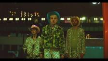Pixx 'Everything is Weird in America' music video