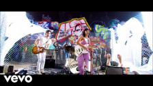 Upsahl 'Smile For The Camera' music video