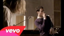 Maroon 5 'Sunday Morning' music video