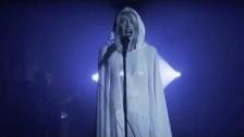 Queen Caveat 'Breathe' music video