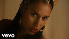 Raye 'Love Me Again' music video