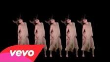Austra 'Hulluu' music video