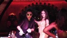 Elvis Crespo 'Pegaíto Suavecito' music video