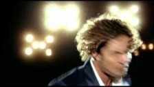 David Bisbal 'Esclavo De Sus Besos' music video