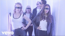 LALKA 'Cool Youth' music video