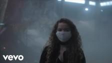 Nilüfer Yanya 'Small Crimes' music video