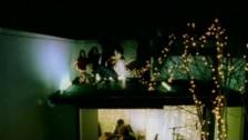 Toploader 'Dancing in the Moonlight' music video