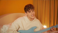 JVKE 'Home' music video