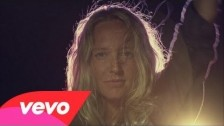 Lissie 'Further Away (Romance Police)' music video