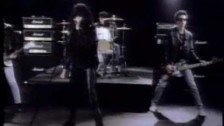 Ramones 'Merry Christmas (I Don't Want To Fight Tonight)' music video