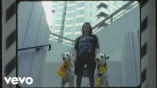 Lolo Zouaï 'Moi + Look at Us' music video