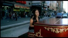 Vanessa Carlton 'A Thousand Miles' music video