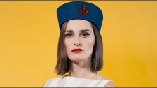 YELLE 'Moteur Action' music video