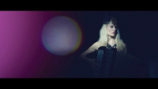 Adouce 'Ce soir' music video