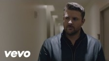 Chris Young 'I'm Comin' Over' music video