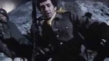 Jona Lewie 'Stop The Cavalry' music video