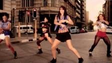 Orezi 'You Garrit' music video