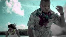 Calle 13 'Muerte En Hawaii' music video
