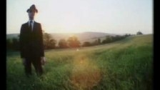 The Stranglers 'Who Wants To Rule The World' music video