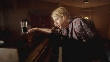 Tom Odell 'Hold Me' music video