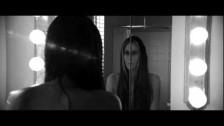 Niia 'Made For You' music video