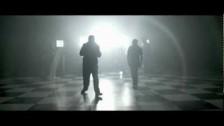 ¡Mayday! 'Badlands' music video