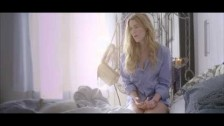 Joss Stone 'The Love We Had (Stays On My Mind)' music video