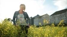 Gwen Sebastian 'Small Town Soul' music video