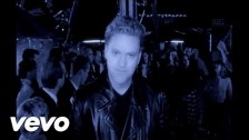Erasure 'Fingers and Thumbs (Cold Summer's Day)' music video