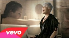 Pink 'Perfect' music video