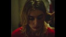Ivy Falls 'Gold' music video