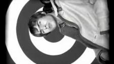 Oasis 'Wonderwall' music video