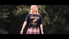 Julia Jacklin 'Pool Party' music video