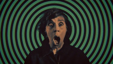 tUnE-yArDs 'Hold Yourself.' music video