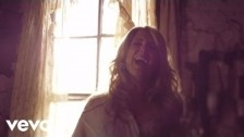 Lee Ann Womack 'The Way I'm Livin'' music video