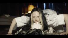 Allie X 'Fresh Laundry' music video