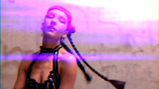 Anna Straker 'I Got The Beat' music video
