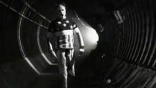 The Prodigy 'Firestarter' music video