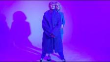 darkDARK 'Headless' music video