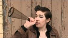 Zoe Boekbinder 'Paralyzing' music video