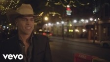 Dustin Lynch 'Where It's At' music video